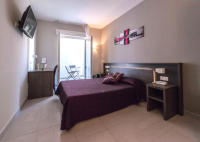 06-Hotel-hw-sanary-superieur-chambre