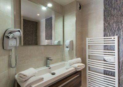hotel-hw-sanary-classic-salle-deau-09