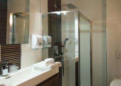 hotel-hw-sanary-classic-salle-deau-11