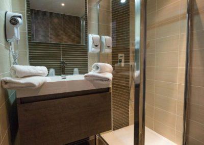 hotel-hw-sanary-classic-salle-deau-18