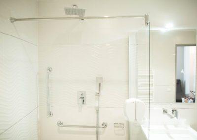 hotel-hw-sanary-junior-salle-deau-03
